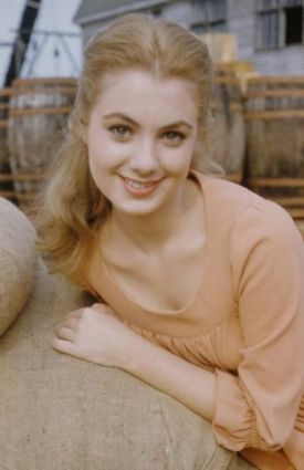 shirley_jones_1955_oklahoma!_2