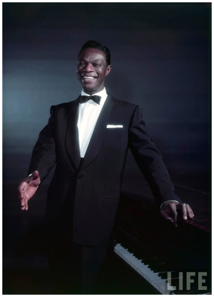 nat_king_cole_1950_photographed_by_eliot_elisofon