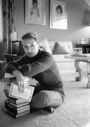 deborah_kerr_and_his_books