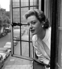 deborah_kerr_looking_out_of_window_2