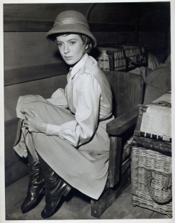 deborah_kerr_on_the_set_of_mogambo