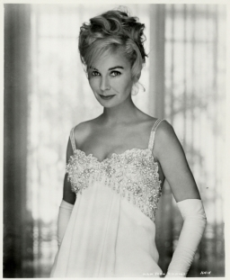 jean_simmons_gone_blonde