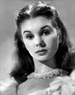 jean_simmons_publicity_shot_for_great_expectations