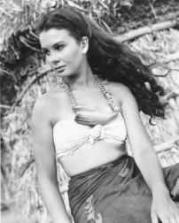 jean_simmons_publicity_shot_for_the_blue_lagoon_2