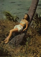 jean_simmons_publicity_shot_for_the_blue_lagoon_5