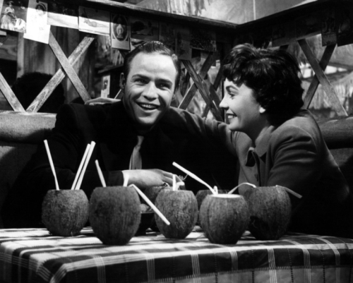 jean_simmons_with_marlon_brando_on_set_of_guys_and_dolls_2