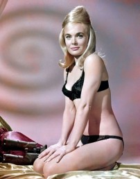 goldfinger_shirley_eaton_in_a_rare_publicity_shot