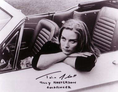 goldfinger_tania_mallet_posing_with_1965_ford_mustang_at_stoke_poges_golf_club_3