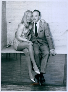 shirley_eaton_and_bob_hope