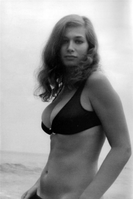 valerie_leon_bulging_out_of_bikini