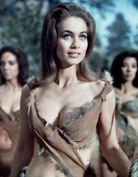 valerie_leon_carry_on_up_the_jungle
