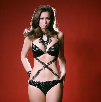 valerie_leon_cross-midriff_underwear_outfit