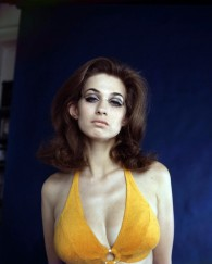 valerie_leon_orange_swimsuit_3