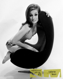 valerie_leon_publicity_shot_for_carry_on_girls