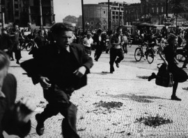 berlin_wall_east_germans_flee_to_the_british_sector_under_fire_from_police_june_17_1953