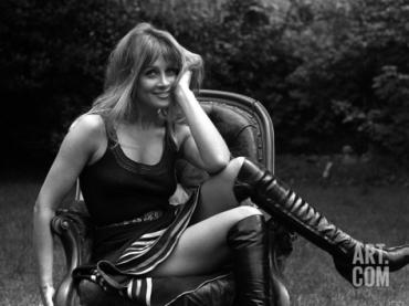 anouska_hempel_black_boots