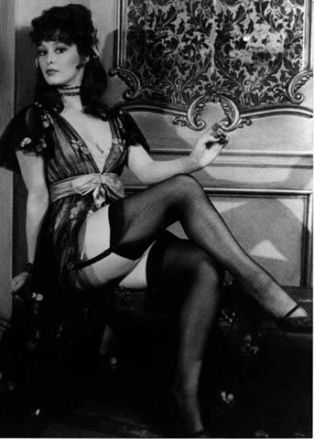 jenny_hanley_in_black_tights