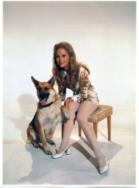 jenny_hanley_with_another_dog