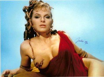 julie_ege_red_dress_up_pompeii
