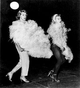 white_christmas_rosemary_clooney_and_vera-ellen_rehearsing_sisters