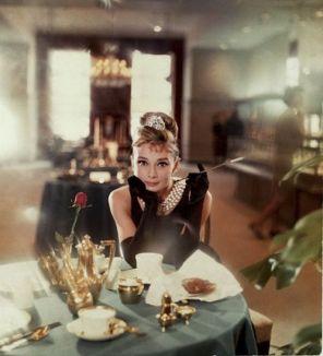 audrey_hepburn_breakfast_at_tiffany's_1961