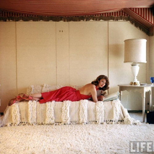 suzy_parker_1957_by_allan_grant