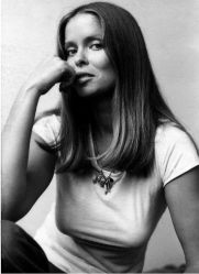 barbara_bach_in_tight_top_and_jeans_2