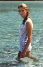 barbara_bach_posing_in_the_sea_2