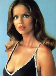 barbara_bach_the_spy_who_loved_me_classic_dress_2