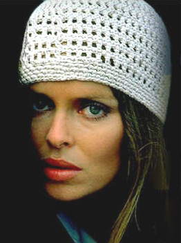 barbara_bach_the_spy_who_loved_me_knitted_hat