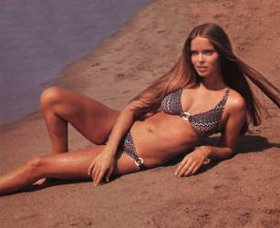barbara_bach_the_spy_who_loved_me_lying_on_beach