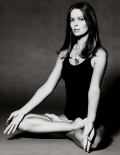 barbara_bach_the_spy_who_loved_me_publicity_shot_lotus_position