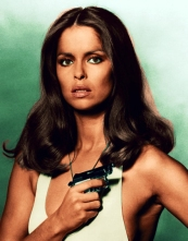 barbara_bach_the_spy_who_loved_me_publicity_shot_white_swimuit_3