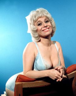 barbara_windsor_carry_on_matron_publicity_shot_2