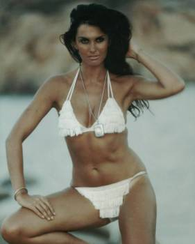 caroline_munro_in_frilly_white_bikini_5