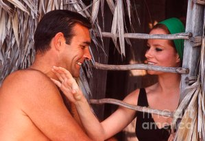 luciana_paluzzi_and_sean_connery_thunderball_photographed_on-set_by_phillip_harrington