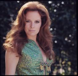 luciana_paluzzi_in_green_dress_1970s