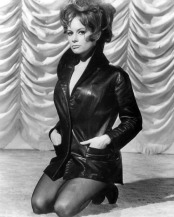 luciana_paluzzi_posing_in_leather_jacket
