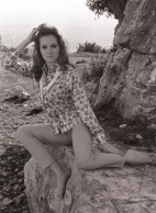 luciana_paluzzi_posing_on_a_rock