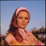 luciana_paluzzi_thunderball_floral_shirt_pistol_and_cigarette_6