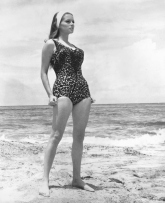 luciana_paluzzi_thunderball_wearing_headband_and_leopard-skin_swimsuit