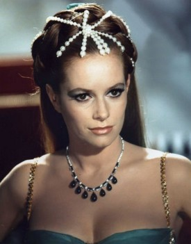 luciana_paluzzi_wearing_spider-like_bead_tiara