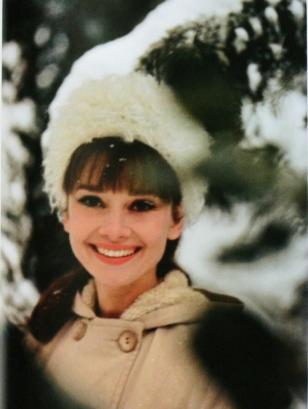 audrey_hepburn_snow
