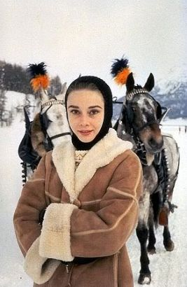 audrey_hepburn_snow_2