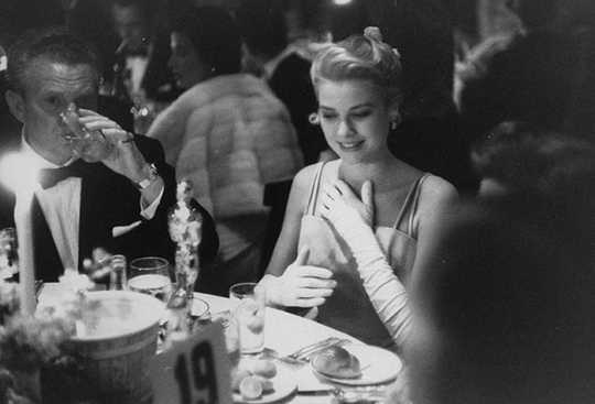 oscars_grace_kelly_1955