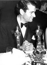 oscars_laurence_olivier_oscars_1949